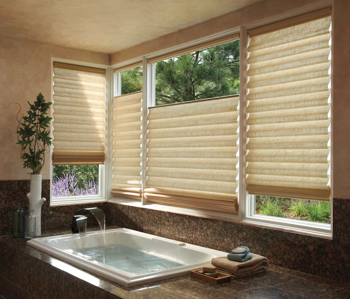 How to Style Windows with Roman Shades for Homes in Southlake, Texas (TX) like Custom Vignette.